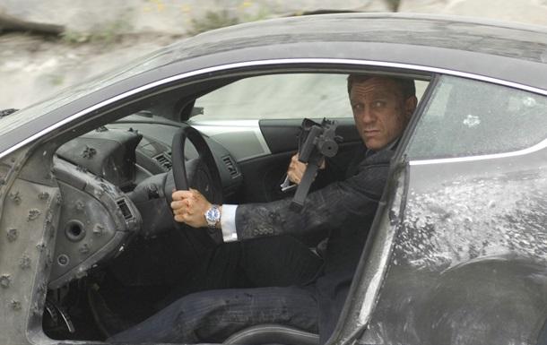 Создатели  007: Спектр  установили рекорд по стоимости разбитых авто