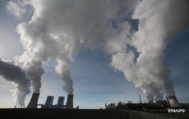 Президент Франции заявил о последнем шансе спасти планету