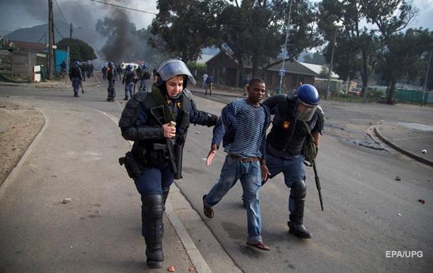 Количество убийств в Южной Африке выросло до 49 в день