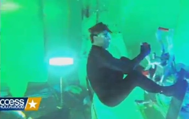 Том Круз на шесть минут затаил дыхание под водой