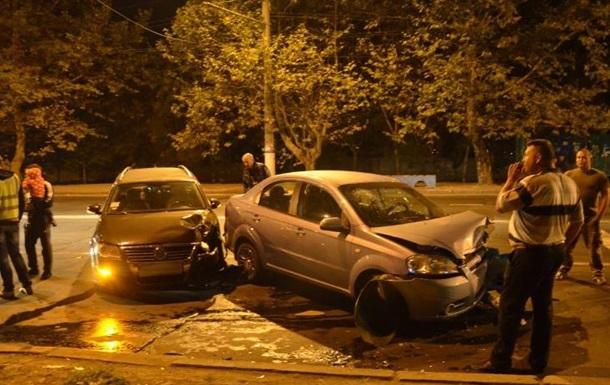 ДТП в Николаеве: военный врезался в авто с беременной