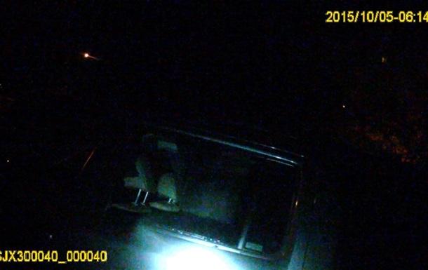 Ночью в спальном районе Львова обокрали пять авто