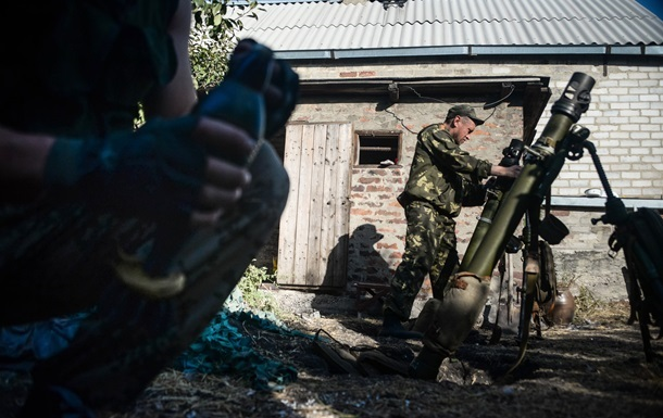 Военные начали отвод минометов на Луганщине