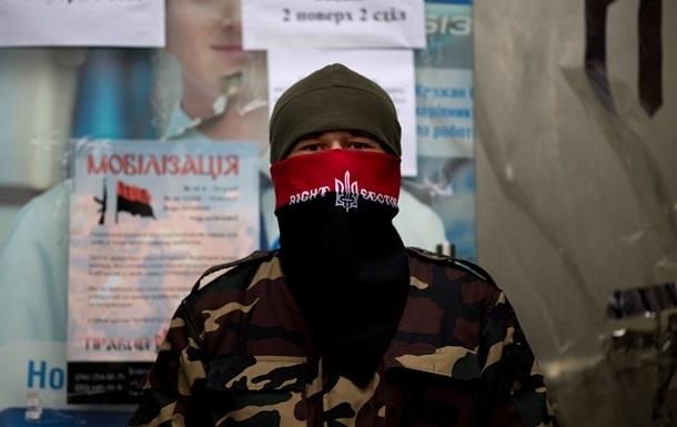 Правый сектор заявляет об арестах активистов на Днепропетровщине