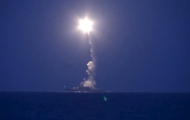 США говорят о попадании ракет РФ по Ирану, Москва опровергает