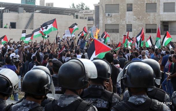 Беспорядки у сектора Газа: погибли палестинцы