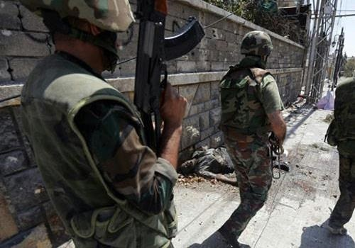 Офицер сил  сирийской оппозиции : программа США - это полный позор
