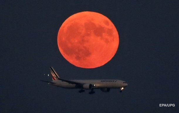 Авиакомпании озабочены пусками ракет с Каспия