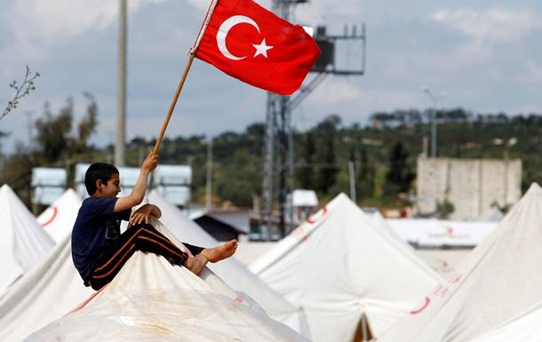 Турция попросила РФ и США не помогать сирийским курдам