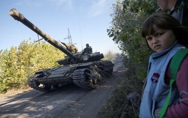 В ДНР перенесли отвод вооружения