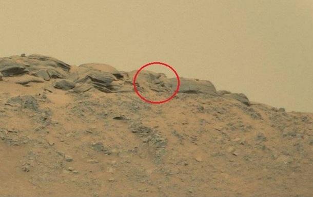 Уфологи отыскали на Марсе Будду