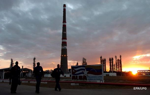 Куба будет платить России нефтью за миллиардный кредит