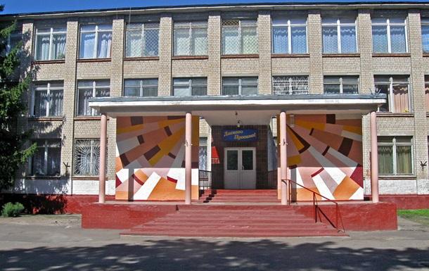 В харьковской школе из-за дымовой шашки эвакуировали 500 человек