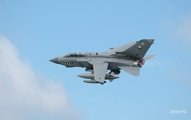 Британия втайне готовила свои ВВС к бомбежкам Сирии – Times