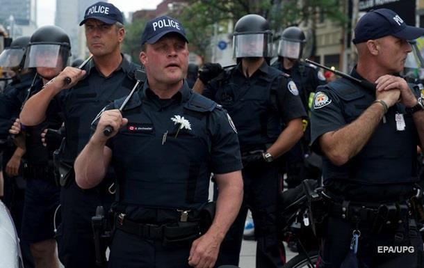 Канадских полицейских подозревают в насилии над аборигенами