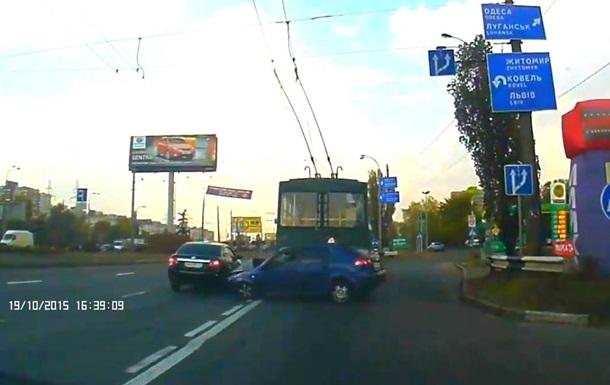 Авария в Киеве 19 10 2015