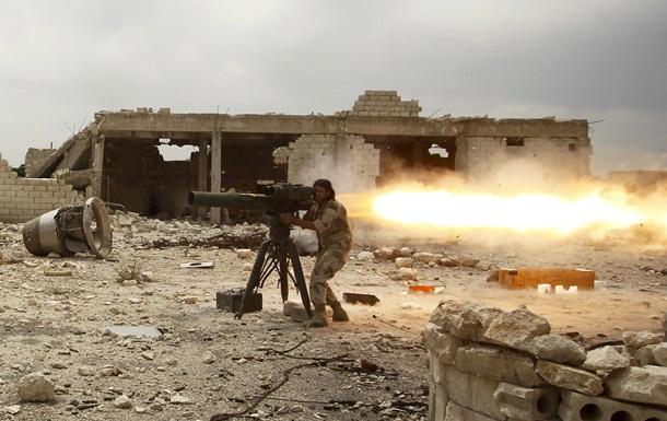 ИГИЛ отрезал армию Асада от баз снабжения в Алеппо - Reuters