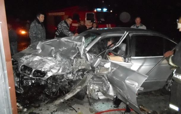 Под Киевом столкнулись BMW и Lanos: есть жертвы