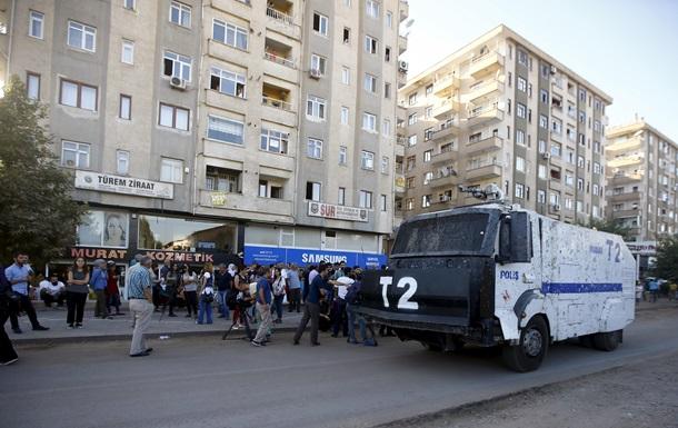 В Турции двое полицейских погибли в перестрелке с боевиками ИГ