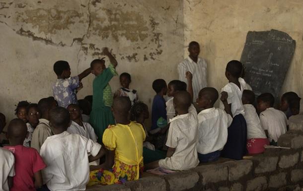 В школах Конго детей вербуют в солдаты – Human Rights Watch