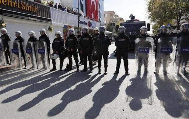 Турецкая полиция штурмовала офис оппозиционной медиагруппы