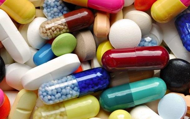 Держава закриває очі на «накрутку» цін в аптеках України