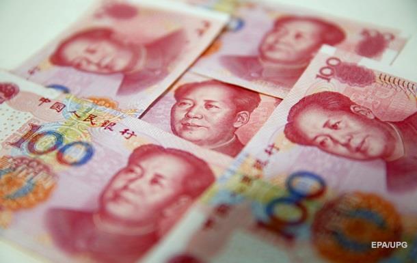 Китайский юань вырос до десятилетнего максимума