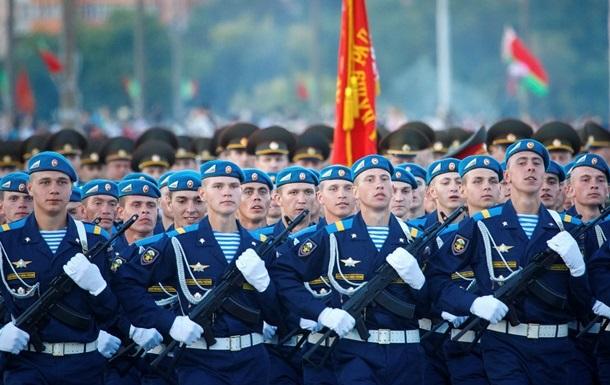 Беларусь усилит боеготовность армии из-за Украины