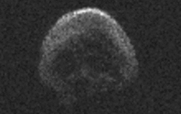 NASA показало снимки надвигающегося на Землю гигантского астероида