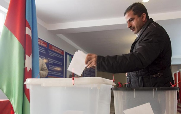В Азербайджане побеждает правящая партия