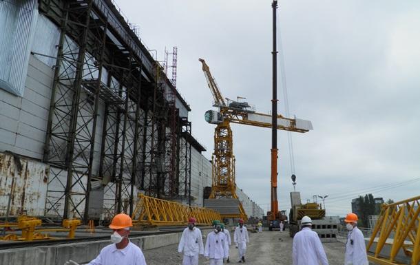 Строители укрытия на ЧАЭС перешли на круглосуточный режим работы
