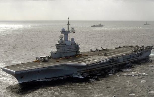 Франция направит авианосец для борьбы с ИГ