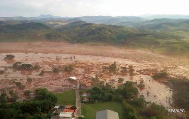 В Бразилии обрушилась дамба, погибли 17 человек
