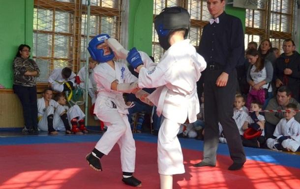Юные бойцы Киокушин каратэ поборолись за первенство.