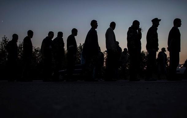 Киев: В плену на Донбассе находится 141 военный