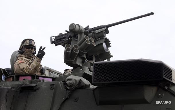 Литва запросила у США бронемашины Stryker для обороны