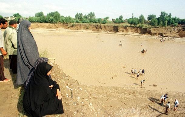 Наводнения в Иране унесли 15 жизней – СМИ
