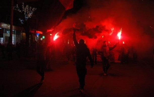 В Запорожье прошло факельное шествие