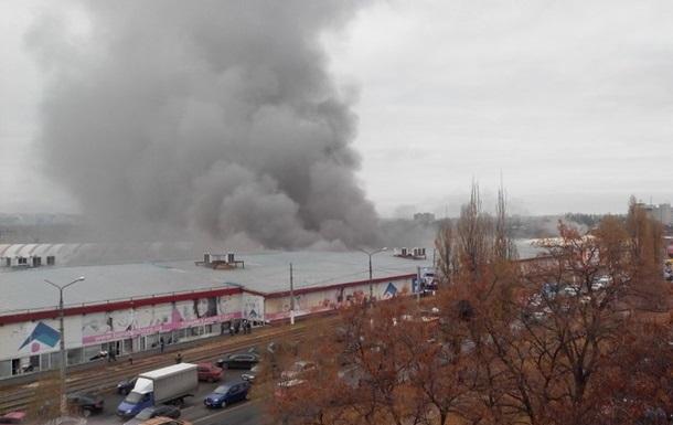 Харьков окутало дымом из-за сильного пожара