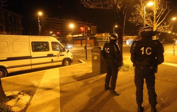 Во Франции начались масштабные полицейские рейды