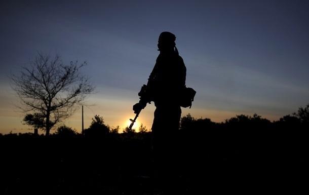 В зоне АТО трое военных подорвались на фугасе