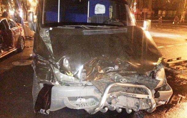 При ДТП в Днепропетровске пострадали пять человек