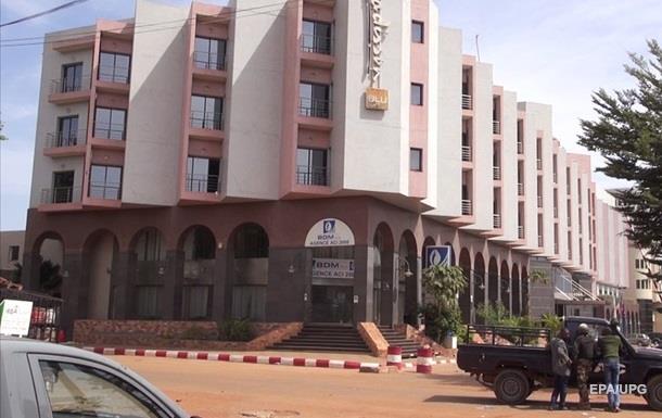 Захват отеля в Мали: погибли до 30 человек