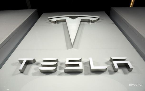 Tesla отзывает с мирового рынка все электромобили Model S
