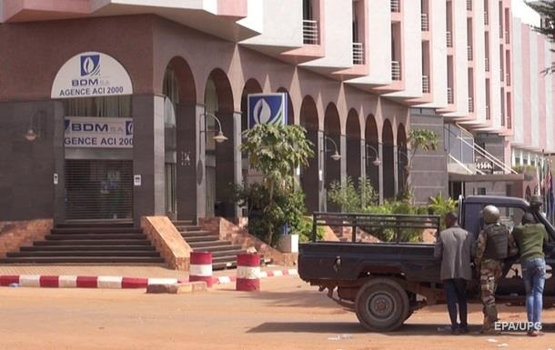 При захвате отеля в Мали погибли шесть россиян