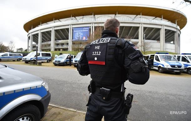 СМИ: Спецслужбы узнали имена ганноверских террористов