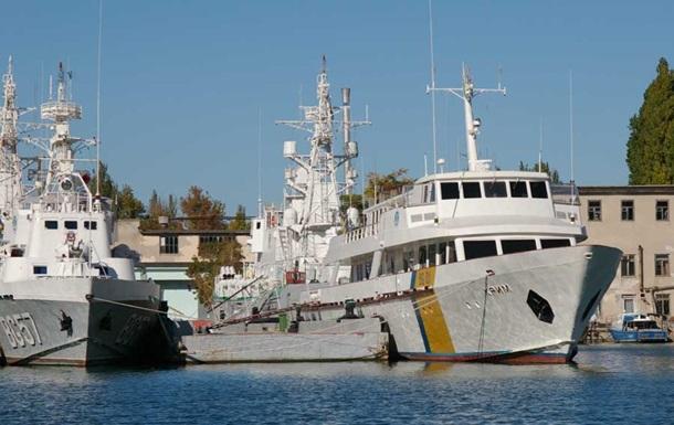Снабжать Крым электричеством будут корабли