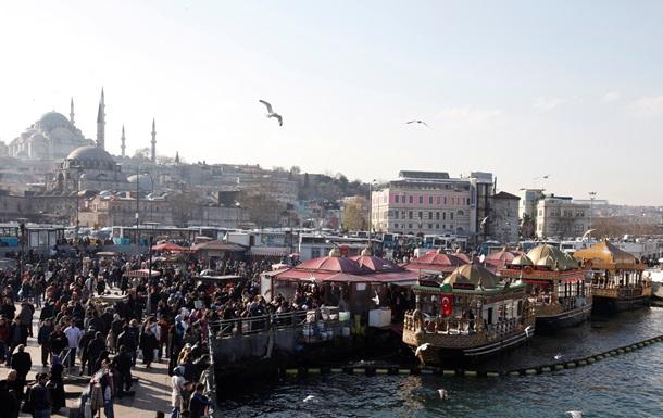Россия призвала своих граждан покинуть Турцию