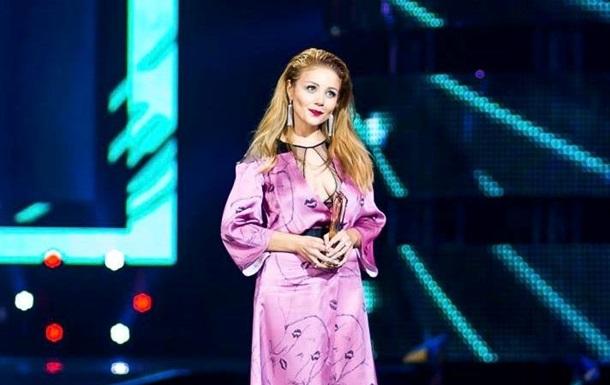 Тина Кароль стала лучшей певицей года по версии M1 Music Awards