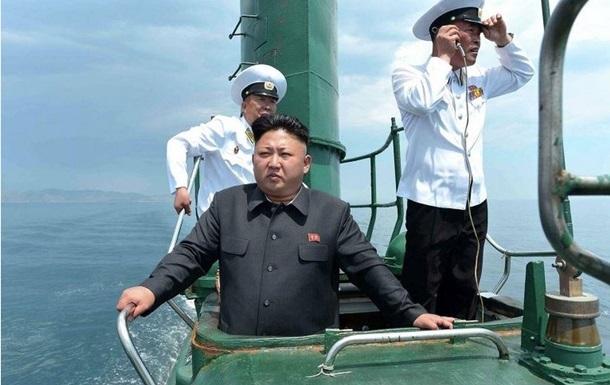 КНДР запустила баллистическую ракету с подлодки